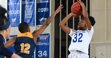 Henderson's 31 Points Not Enough as GSU Women Fall to FIU 70-63