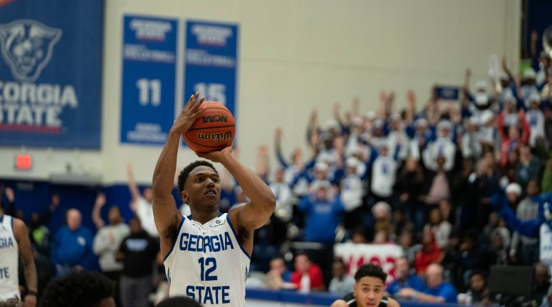 Panthers Claw Back, Beat Southern 82-77